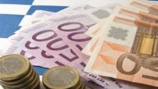 Само при потребителските заеми в левове има лек ръст спрямо юни И през миналия месец е продължило намалението на лихвите по кредити и депозити както в български левове, така и...