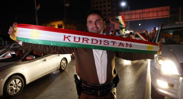epa06227012 Kurds celebrate to show their support for the independence referendum in in Erbil, Kurdistan region in northern Iraq, 25 September 2017. The Kurdistan region is an autonomous region in northern Iraq since 1991, with an estimated population of 5.3 million people. The region share borders with Turkey, Iran, and Syria, all of which have large Kurdish minorities. On 25 September the Kurdistan region holds a referendum for independence and the creation of the state of Kurdistan amidst divided international support.  EPA/MOHAMED MESSARA