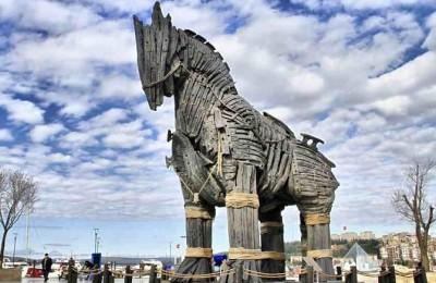 Troy Horse Canakkale
