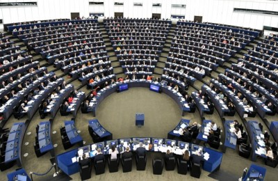epa06603078 Members of Parliament vote on the Guidelines on the framework of future EU-UK relations at the European Parliament in Strasbourg, France, 14 March 2018. The MEPs have signs reading '#allforjan' on the tables. In the afternoon the MEPs debate on the safety of journalists across the EU referring to the murder of Slovak investigative journalist Jan Kuciak and his fiancee Martina Kusnirova.  EPA/PATRICK SEEGER