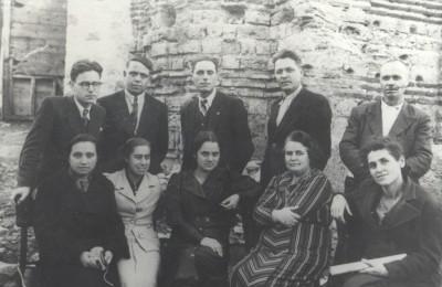 1-1939 - учителски колектив (1)