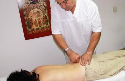 4.Pasko Rajchev prilaga terapija v kabineta si v Plovdiv (1)